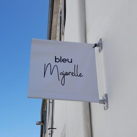 Enseigne drapeau en bâche magasin bleu Majorelle