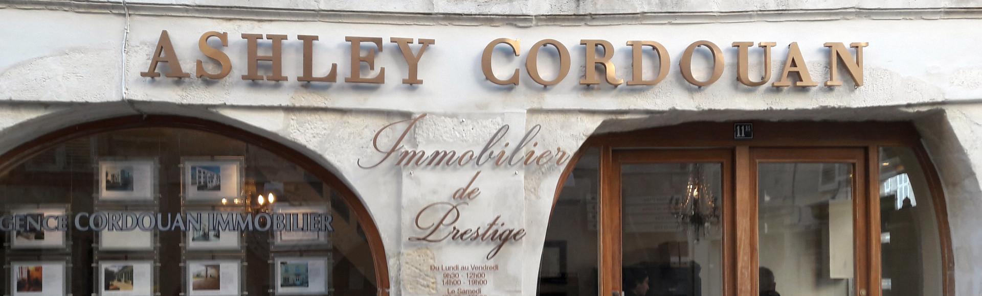 Enseigne Agence immobilière Ashley Cordouan